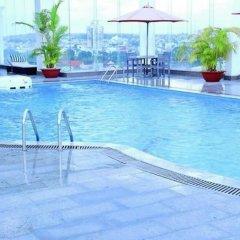 Hai Ba Trung Hotel and Spa бассейн фото 3
