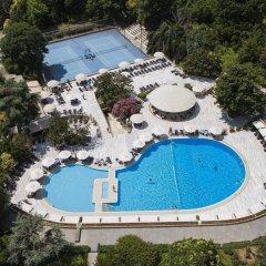 Hilton Istanbul Bosphorus Турция, Стамбул - 5 отзывов об отеле, цены и фото номеров - забронировать отель Hilton Istanbul Bosphorus онлайн бассейн фото 2