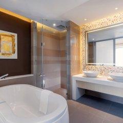 Отель Grand Mercure Phuket Patong 5* Стандартный номер с различными типами кроватей фото 6