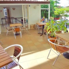 The Garden Hostel бассейн