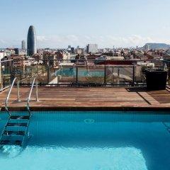 Hotel Catalonia Atenas бассейн