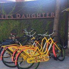 Отель Farmer's Daughter США, Лос-Анджелес - отзывы, цены и фото номеров - забронировать отель Farmer's Daughter онлайн спортивное сооружение