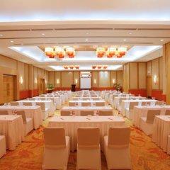 Отель Crimson Resort and Spa Mactan Филиппины, Лапу-Лапу - 1 отзыв об отеле, цены и фото номеров - забронировать отель Crimson Resort and Spa Mactan онлайн помещение для мероприятий