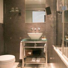 Отель Internacional Design Hotel - Small Luxury Hotels of the World Португалия, Лиссабон - 1 отзыв об отеле, цены и фото номеров - забронировать отель Internacional Design Hotel - Small Luxury Hotels of the World онлайн ванная фото 2