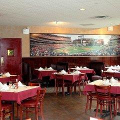 Отель Holiday Inn LaGuardia Airport США, Нью-Йорк - отзывы, цены и фото номеров - забронировать отель Holiday Inn LaGuardia Airport онлайн питание