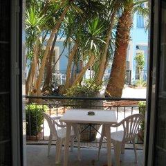 Отель Sofia's Hotel Греция, Каламаки - отзывы, цены и фото номеров - забронировать отель Sofia's Hotel онлайн балкон