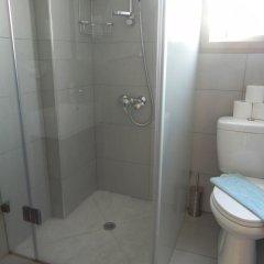 Отель Andries Apartments Кипр, Пафос - отзывы, цены и фото номеров - забронировать отель Andries Apartments онлайн ванная