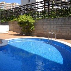 Отель PA Villa de Madrid Apartamentos Испания, Бланес - отзывы, цены и фото номеров - забронировать отель PA Villa de Madrid Apartamentos онлайн бассейн