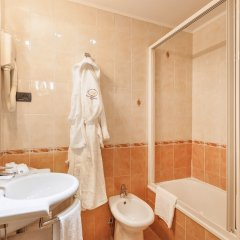 Hotel Montecarlo Венеция ванная