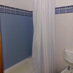 Отель Casa Do Jardim Португалия, Понта-Делгада - отзывы, цены и фото номеров - забронировать отель Casa Do Jardim онлайн ванная фото 2