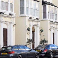 Pembridge Palace Hotel парковка