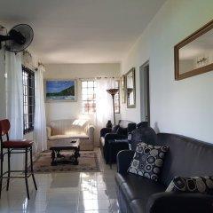 Отель Ridge Bay Chateau Ямайка, Порт Антонио - отзывы, цены и фото номеров - забронировать отель Ridge Bay Chateau онлайн интерьер отеля