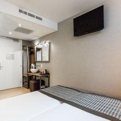 Отель Melrose Hotel Нидерланды, Амстердам - отзывы, цены и фото номеров - забронировать отель Melrose Hotel онлайн удобства в номере фото 2