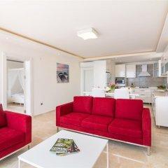 Villa Likapa 3 by Akdenizvillam Турция, Калкан - отзывы, цены и фото номеров - забронировать отель Villa Likapa 3 by Akdenizvillam онлайн комната для гостей фото 3