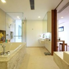 Отель The Heights Phuket ванная фото 3