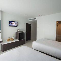 Отель Chanalai Hillside Resort, Karon Beach удобства в номере