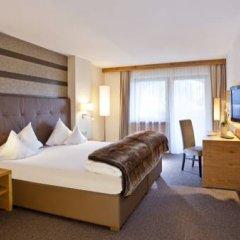 Отель Quellenhof Luxury Resort Passeier Сан-Мартино-ин-Пассирия комната для гостей