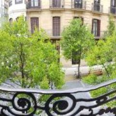 Отель Pensión Donostiarra Испания, Сан-Себастьян - отзывы, цены и фото номеров - забронировать отель Pensión Donostiarra онлайн балкон