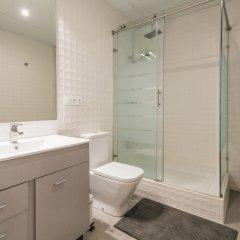 Отель PYR Select Fuencarral Испания, Мадрид - отзывы, цены и фото номеров - забронировать отель PYR Select Fuencarral онлайн ванная