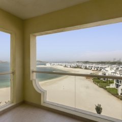Отель Bespoke Residences - Shoreline Al Haseer пляж фото 2