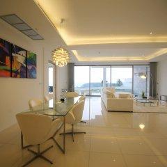 Отель The View Phuket в номере фото 2