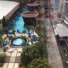 Отель Kl Bukit Bintang Suites At Times Square Малайзия, Куала-Лумпур - отзывы, цены и фото номеров - забронировать отель Kl Bukit Bintang Suites At Times Square онлайн бассейн