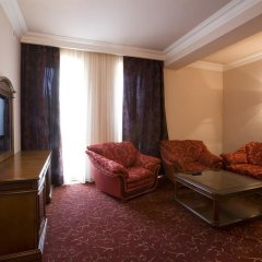 Russia Hotel (Цахкадзор) комната для гостей фото 3
