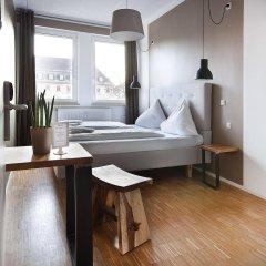 Отель Five Reasons Hotel & Hostel Германия, Нюрнберг - 1 отзыв об отеле, цены и фото номеров - забронировать отель Five Reasons Hotel & Hostel онлайн комната для гостей