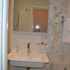 Отель Albergo Pesce Doro Италия, Вербания - отзывы, цены и фото номеров - забронировать отель Albergo Pesce Doro онлайн ванная