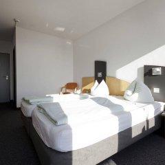 Отель DJH City-Hostel Köln-Riehl Германия, Кёльн - отзывы, цены и фото номеров - забронировать отель DJH City-Hostel Köln-Riehl онлайн комната для гостей фото 3