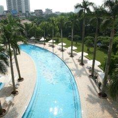 Hanoi Daewoo Hotel бассейн