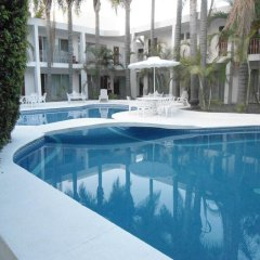 Отель Suites del Real бассейн фото 3