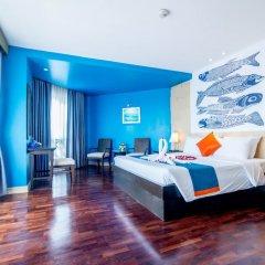 Отель Sea Breeze Jomtien Resort комната для гостей фото 18