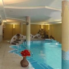 Отель Orphey бассейн
