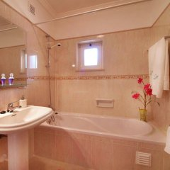 Отель Oasis Parque Country Club Портимао ванная