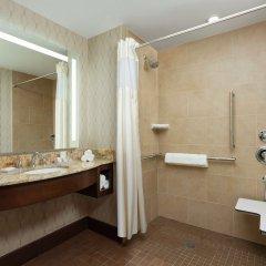 Отель Hilton Garden Inn Washington DC/Georgetown Area ванная фото 2