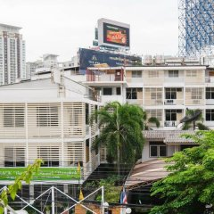 Отель S2s Boutique Resort Bangkok Бангкок городской автобус