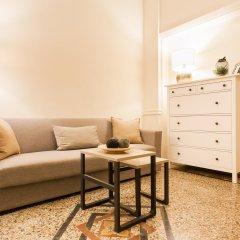 Апартаменты Monastiraki Apartments By Livin Urbban Афины комната для гостей фото 2