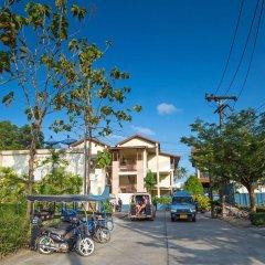 Отель Lanta Pura Beach Resort парковка