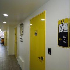 Отель 24 Guesthouse Seoul City Hall интерьер отеля фото 3