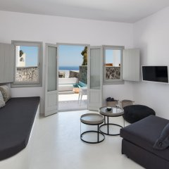 Отель June Twenty Suites Греция, Остров Санторини - отзывы, цены и фото номеров - забронировать отель June Twenty Suites онлайн комната для гостей фото 4