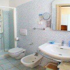 Hotel Residence Il Conero 2 Нумана ванная фото 2