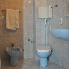 Отель Mondial Италия, Римини - отзывы, цены и фото номеров - забронировать отель Mondial онлайн ванная фото 2