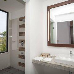 Отель The Calm Resort & Spa ванная