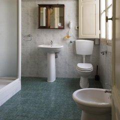 Отель San Frediano Mansion Италия, Флоренция - 1 отзыв об отеле, цены и фото номеров - забронировать отель San Frediano Mansion онлайн ванная фото 2