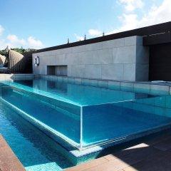 Отель Crowne Plaza Barcelona - Fira Center бассейн