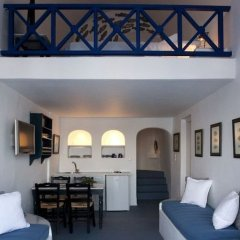 Отель Ikies Traditional Houses Греция, Остров Санторини - 1 отзыв об отеле, цены и фото номеров - забронировать отель Ikies Traditional Houses онлайн развлечения