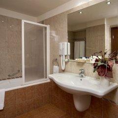 Central Hotel Forum ванная фото 2