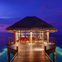 Отель Adaaran Select Hudhuranfushi Остров Гасфинолу гостиничный бар