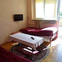 Отель Kwatery Pracownicze Mira Польша, Познань - отзывы, цены и фото номеров - забронировать отель Kwatery Pracownicze Mira онлайн комната для гостей фото 3